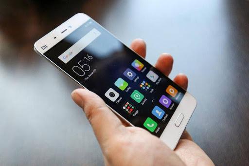 विश्वका सर्वाधिक लोकप्रिय १० स्मार्टफोन